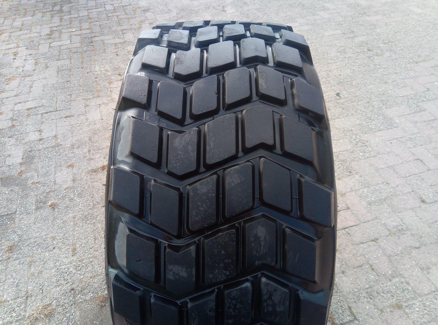 Michelin 525/65R20.5